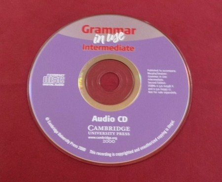Grammar in use Intermediate CAMBRIDGE Audio CD.JPG
